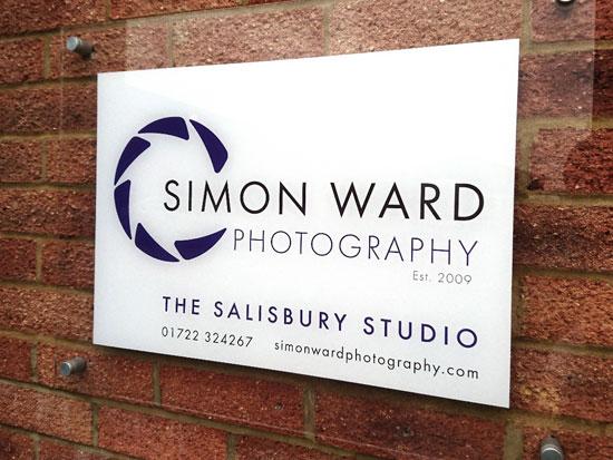 Simon Ward Photography logo